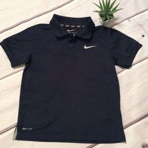 Nike Dri-Fit Boys Med 6